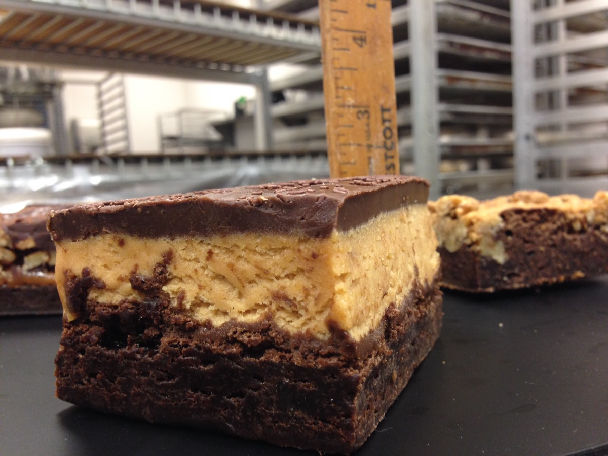 Christine's Cakes & Pastries - Peanutbutter brownies