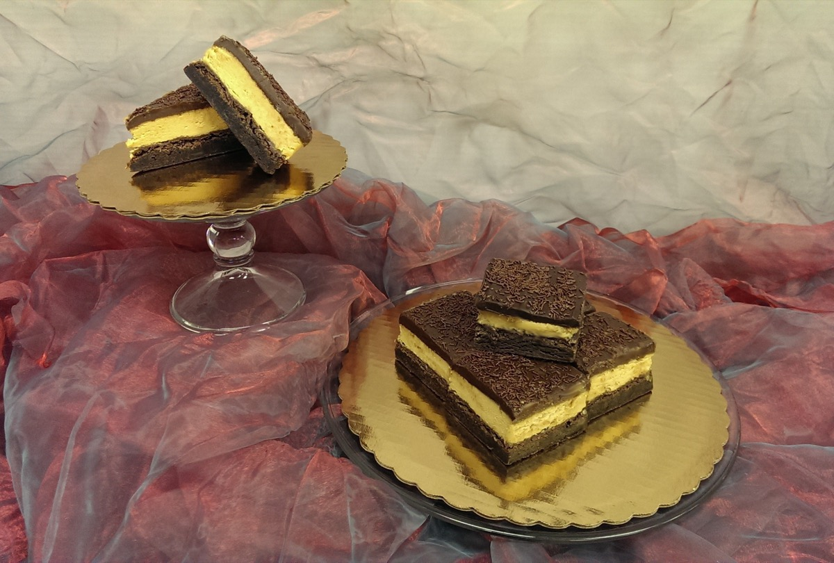 Christine's Cakes & Pastries - Peanutbutter brownies_3