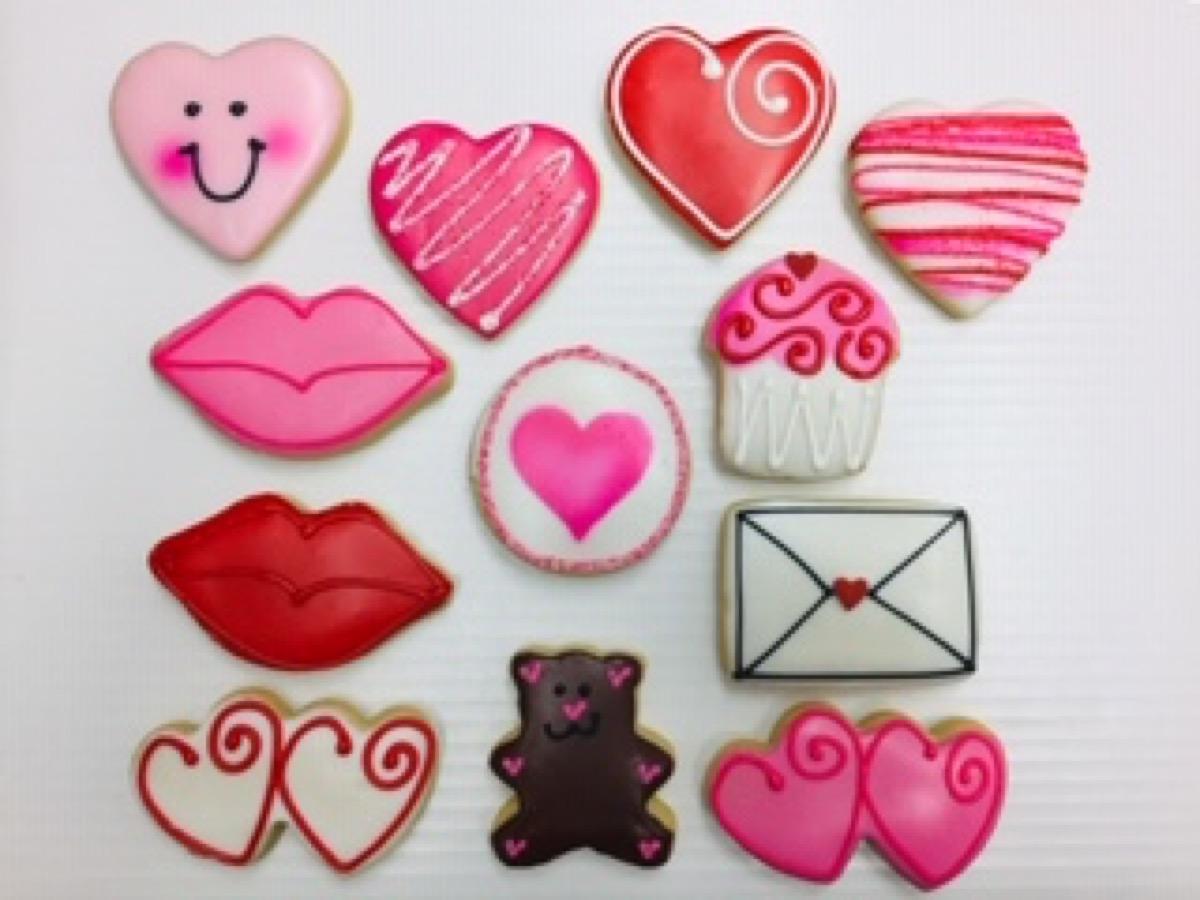 Christine's Cakes & Pastries - Valentine_Medium Buttercookies